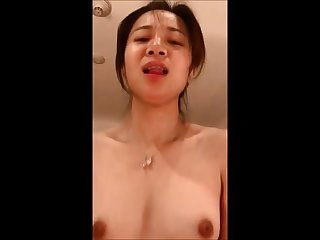 ERMA: Pic of shaved pussy